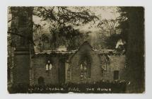 Adfeilion Eglwys Newydd wedi tân 1932