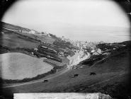 Aberdyfi, gan edrych o Dŷ Newydd
