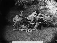 Hafodunos family group, Llangernyw
