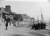 eglwys a theras, Aberdyfi