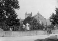 eglwys, Machynlleth