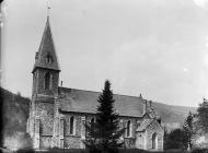 eglwys, Pontfadog