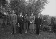 Wedding group, Llwynbaedd, Rhayader.