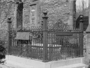 Robert Owen's grave at the old parish church,...