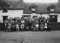 Group of gentlemen and women golfers, Builth...