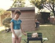 Barbeciw teuluol adeg haf 1987