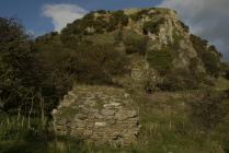 Deganwy Castle 06 gatehouse remains