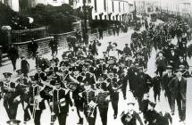 Recruiting parade in Swansea, 1914