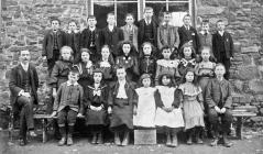 Llanfihangel-y-Creuddyn School 1906