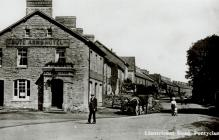 Llantrisant Road, Pontyclun