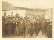 Plaque at Ffynnon Llewelyn farm, Rhydowen, 1922