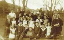 Belgian refugees at Rhydypennau School. 4 in...