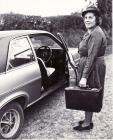 Nyrs Evans yn Ymddeol, Papur Pawb Tachwedd 1980