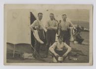 Milwyr yn y Gwersyll yn Neganwy Mehefin 1914...