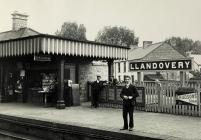 Llandovery Railway Station c1910