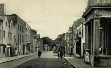 Castle Street, Beaumaris c1906