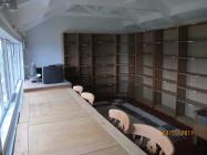 Skokholm - middle block library - 2011
