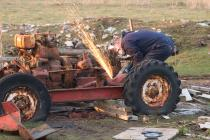 John Hayes - cutting up the old dumper on 26-03...