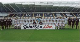 Ffotograff o dîm pêl-droed Swansea City