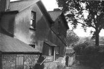 View of Ynysywern Farm c.1902-10