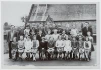 Disgyblion Ysgol Penboyr tua 1961