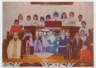 Drama'r Geni, Capel Bethel, Dre-fach, 1975
