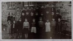 Dosbarth Ysgol Penboyr 1937