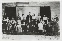 Mrs Evan Roberts, Parc y Llyn and family.  See...
