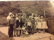 Parti Plant Cwmpengraig (Coroni'r Frenhines)1953?