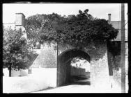 Cowbridge South Gate