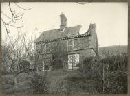 Difrod gan corwynt 1913 i'r Ficerdy yng Nglyn-taf