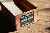 Varnish paint box