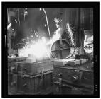 Castin at South Wales malleable iron foundry