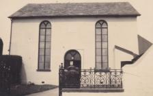 Providence Chapel, Cwmdu, showing railings