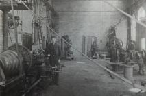 Siop Ffitio Glofa Crymlyn 1909