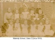 Maendy School class photographs