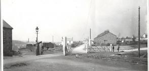Gwaun-cae-gurwen, Waun Crossing c 1904