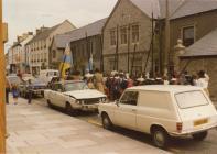 Sealed Knot society, Cowbridge High St 1980