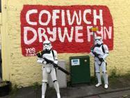 'Cofiwch Dryweryn' mural with...