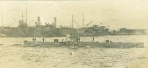 E54 yn Gibraltar (c.1918)