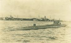 HM Submarine J1 yn Bonaventure (c.1918)