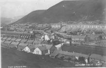 Golygfa o ardal ddeheuol Cwm Ogwr.