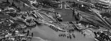 Cardiff docks in 1921