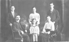 The Griffith family, Neyland about 1919