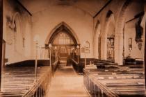 Holy Cross, Cowbridge interior