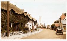 St Nicholas. Old Thatched Cottages