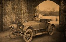 Dena Bird of Cowbridge in her car, ca 1920
