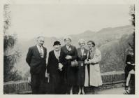 Group outside the Hafod Arms Hotel, Devil'...