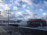 Tonnau'r storm yn Aberystwyth