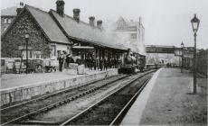 Steam locomotive in Newtown Railway Station
